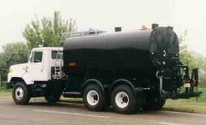 Model FGR91 Bitumen Distributor