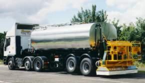 Model FGVW Bitumen Distributor